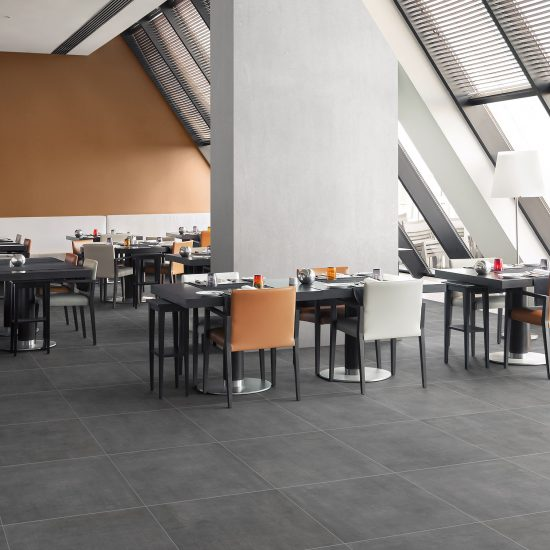 FLOW 600 SMOKE RET PLUS_restaurant